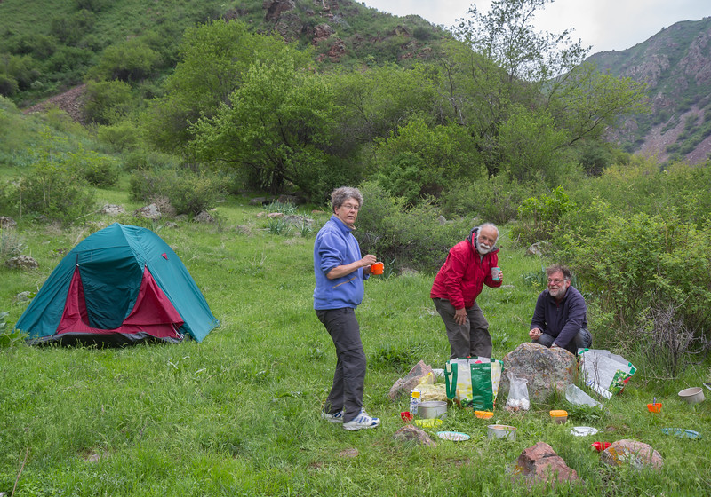 Campground, S of Merke
