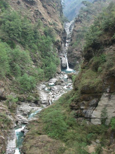 Hinku Khola river, Pangkongma 2850m-Najing 2600m
