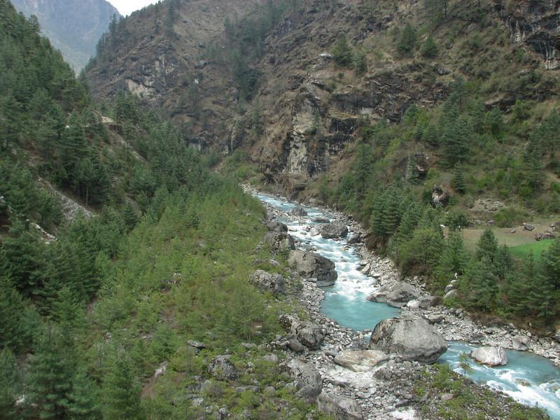 Dudh Kosi river, Lukla 2800m-Monjo 2900m