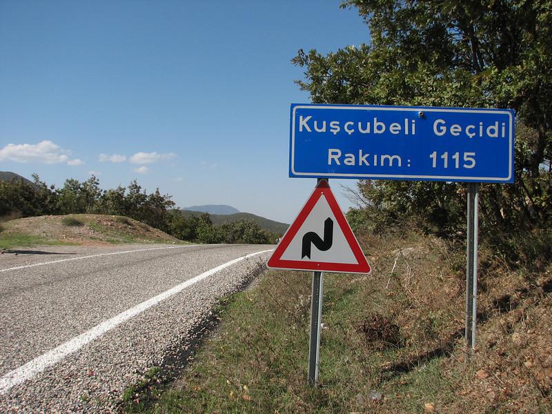 Kuscubeli Gecidi 1115m.(pass)