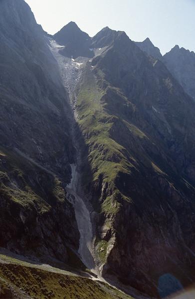 Floitengrund beneath Greizer hutte 2226m.(1000m climb)