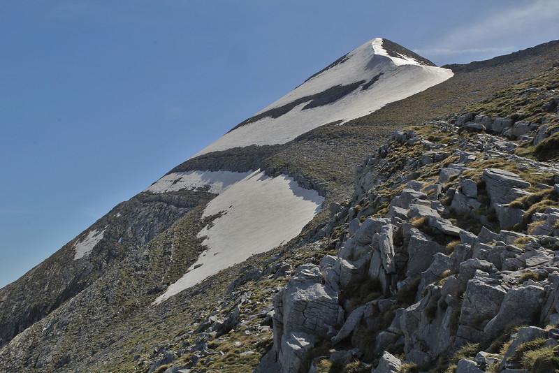 Ascending-Profitis Ilias 2407m, highest summit, Taigetos mountains v.v. (SW of Sparti)