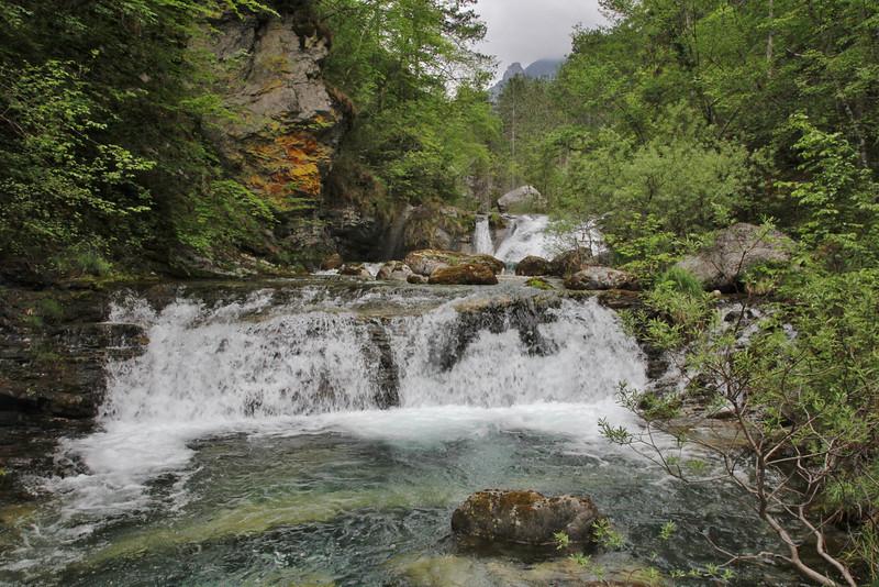 Waterfall, Enipeas river, 950m, beneath Agios Dionysios  Monastery, Olympic NP