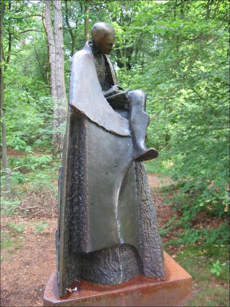 Statue for Victor Westhoff (het Springendal )