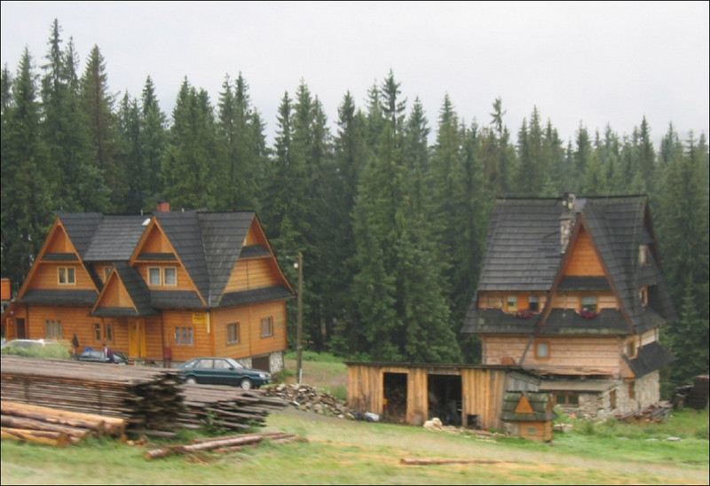 Traditional architectural style (using wood)