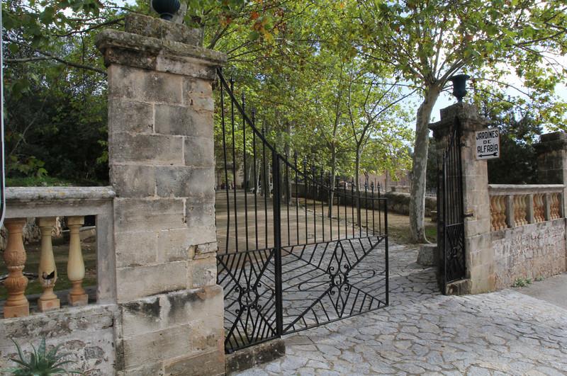 Entrance Jardines de Alfabia, <br /> Photos of this Botanic garden, see gallery:  ROCK GARDEN / OTHER GARDENS on this site.