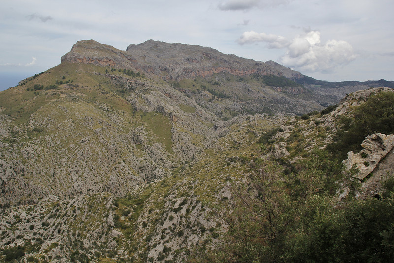 Serra de Tramuntana, Viewpoint, E of junction to Cala de sa Calobra
