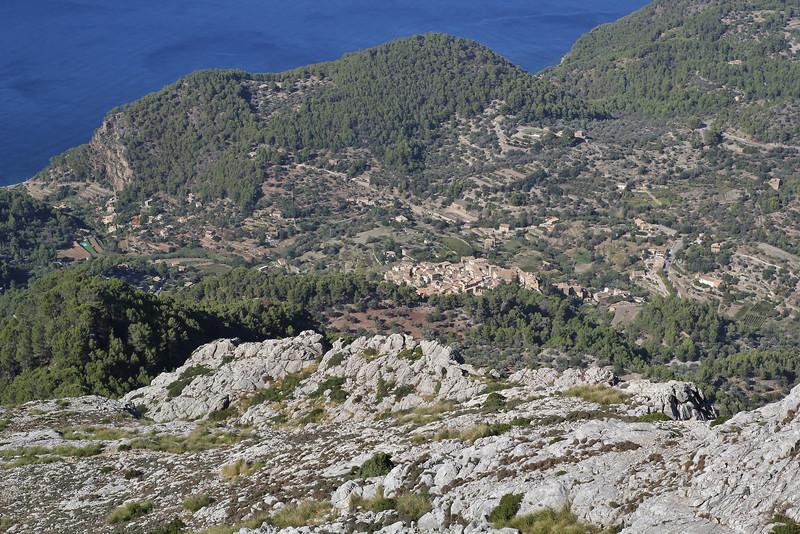 Village Estellens, view from Puig de Galatzo 1026m