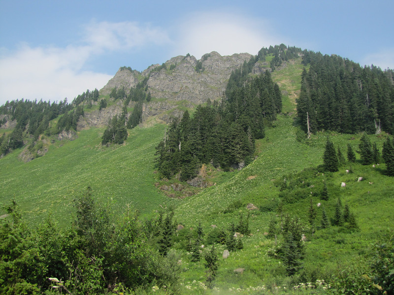 View from Sauk Mountain trailhead, Mount Baker-Snoqualmie Natonal Forest,