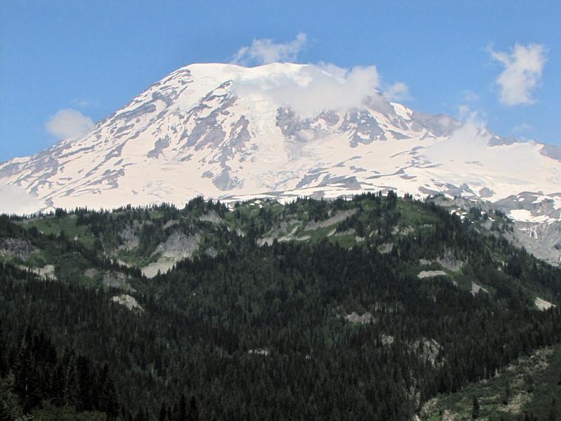 panorama view of Mount Rainier National Park with Mount Rainier 4342m