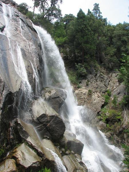 Falls (Yosemite N.P. Siera Nevada)