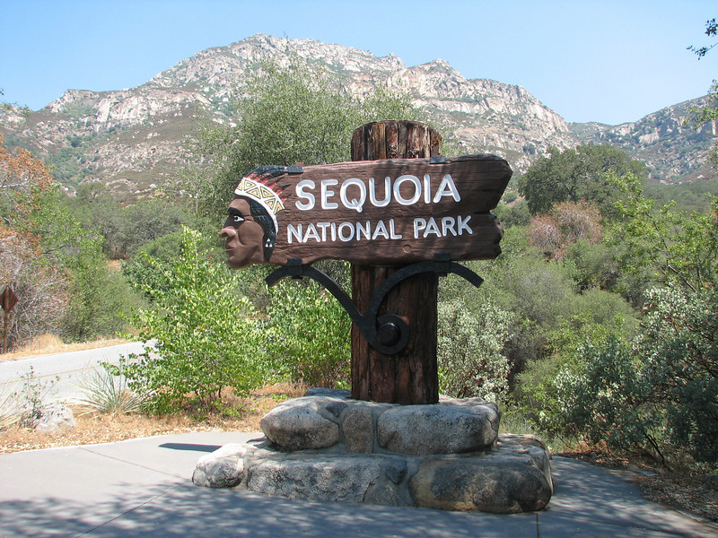 Entrance Sequoia National Park (Siera Nevada California)