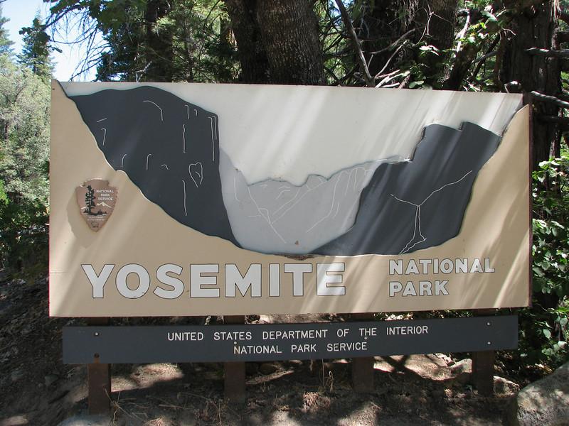 Entrance National Park (Yosemite N.P. Siera Nevada)