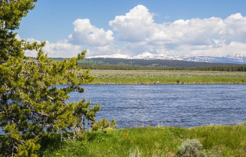 Henrys Fork river,