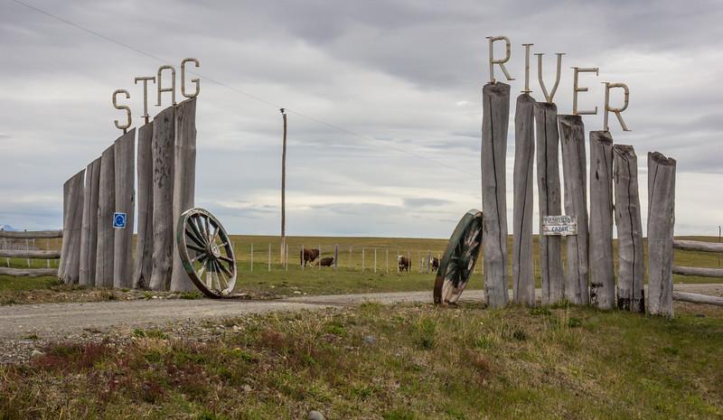 Gate of Estancia Steg River