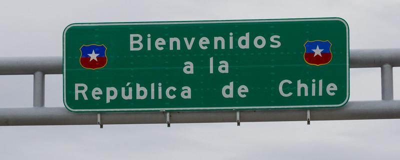 sign near 28 De Noviembre