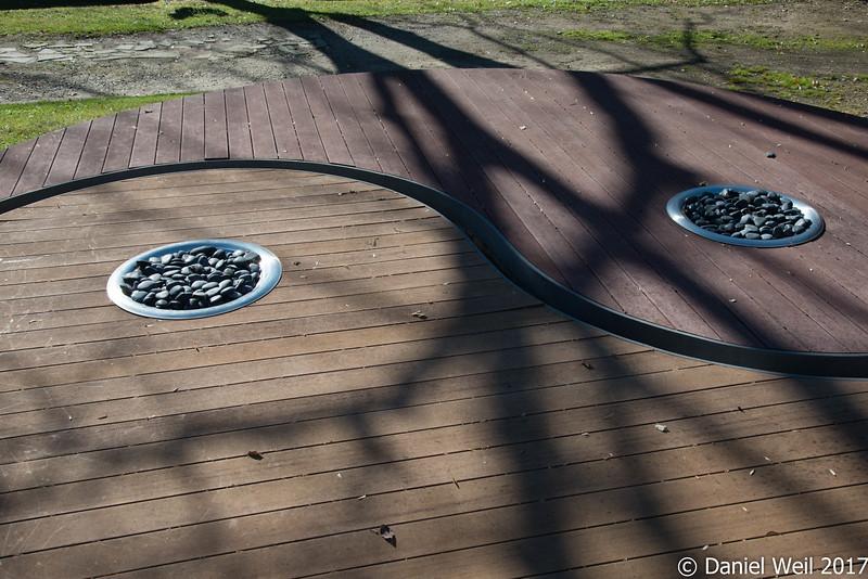 Yin-yang deck