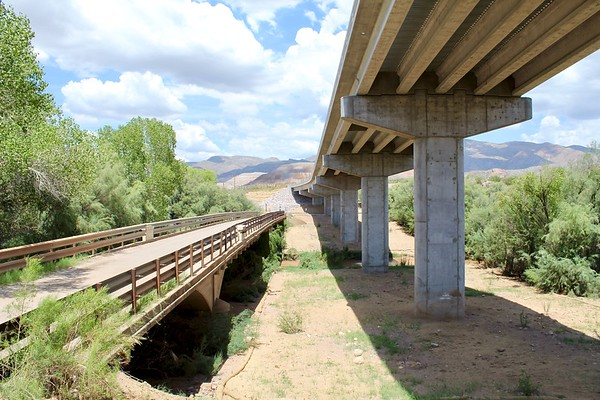 The historic and modern Gila River bridges (2018)