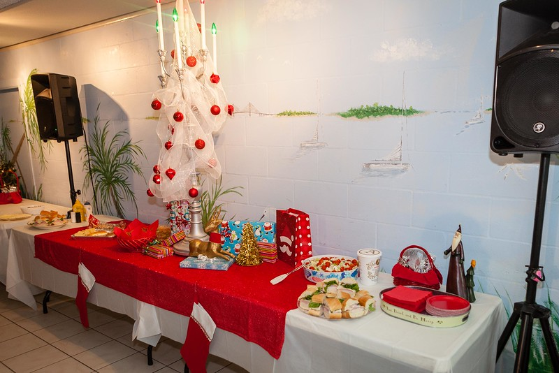 20181208-Holiday_Party-001