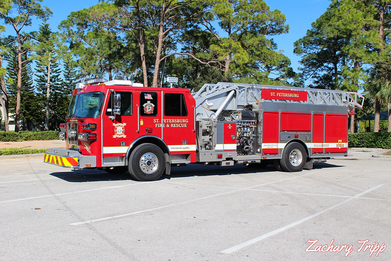 St. Petersburg Fire Rescue Engine 7