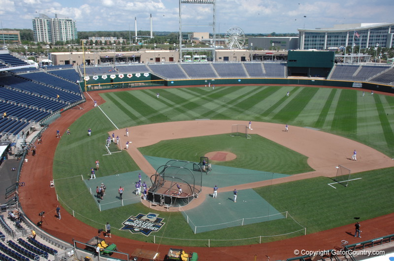 Florida Gators vs. LSU Tigers: CWS Game 1