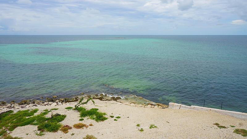Atlantic Ocean behind coral reefs of the Keys