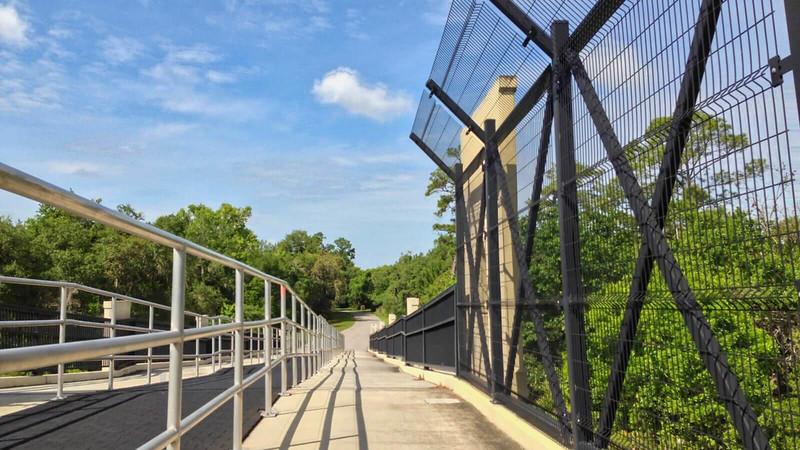 Bike path over bridge with multiple lanes