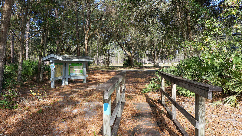 Large trailhead kiosk with map