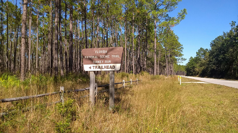 Sign for Turkey Run trailhead