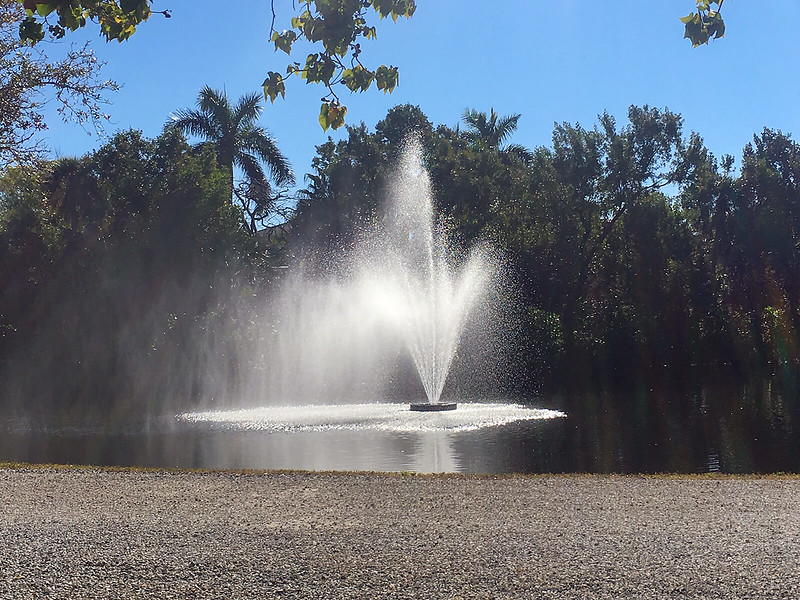 Retention pond fountain