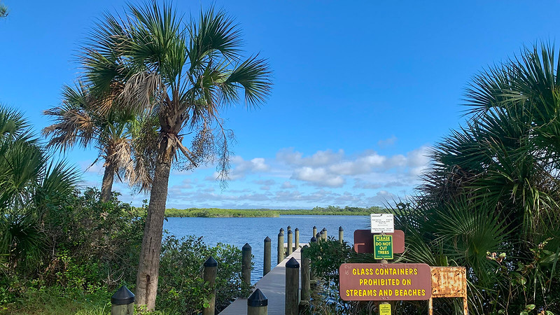 Long dock stretching into Myakka River
