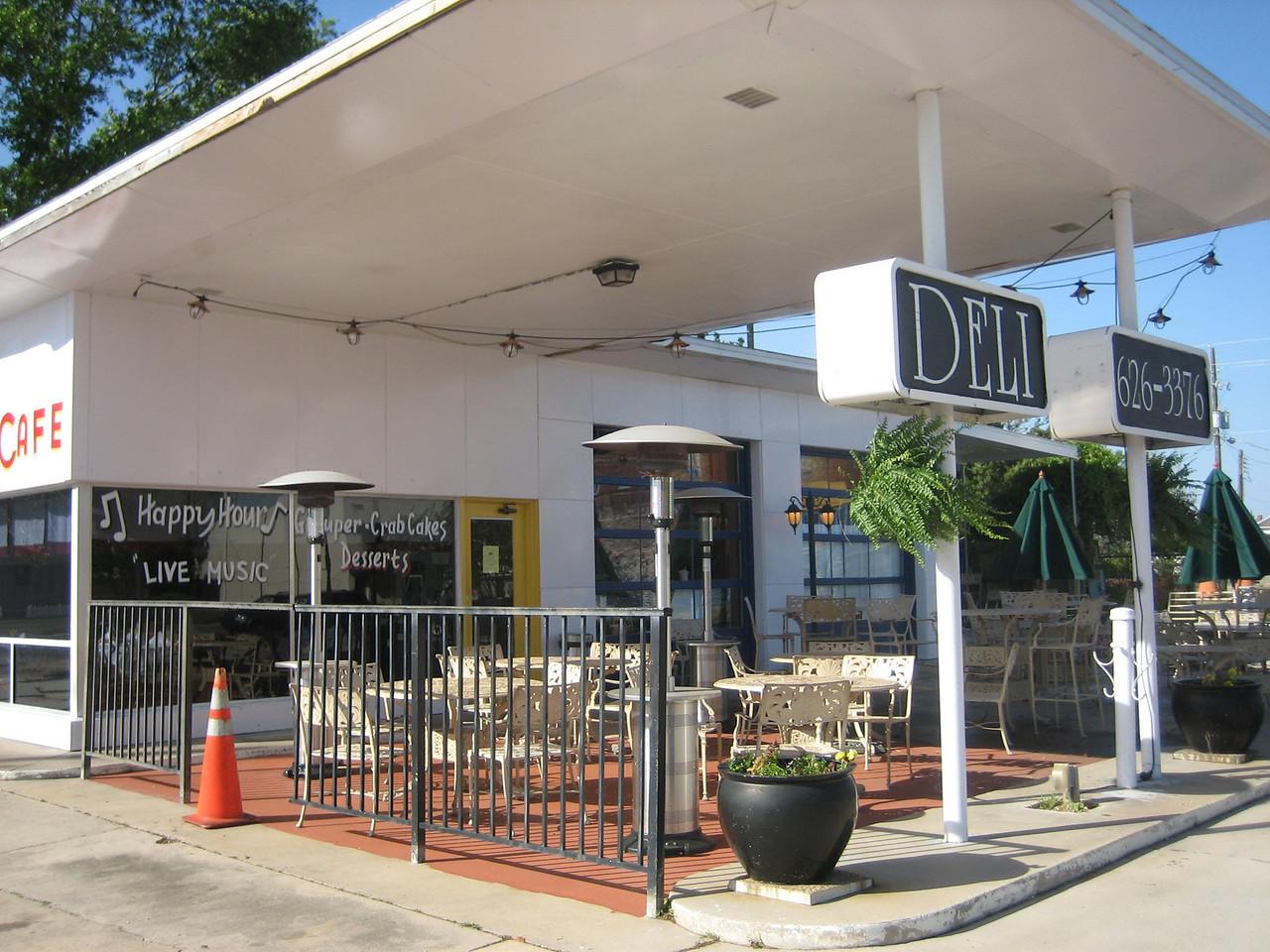 Cafe Deli in downtown Milton<br /> PHOTO CREDIT: Sandra Friend / Florida Trail Association