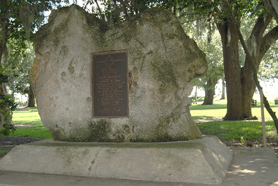 20 Monument to the 1768 First Settlers of New Smyrna Beach