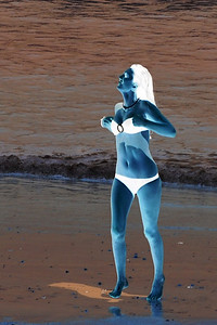 07 A negative girl in a bikini