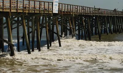 01 Wave action at Flagler Pier