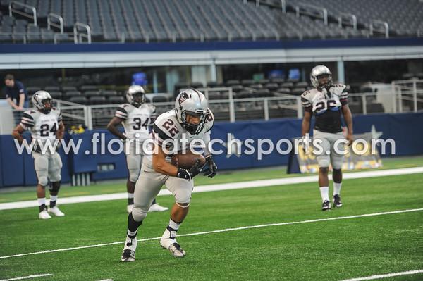 Football-Dallas-23
