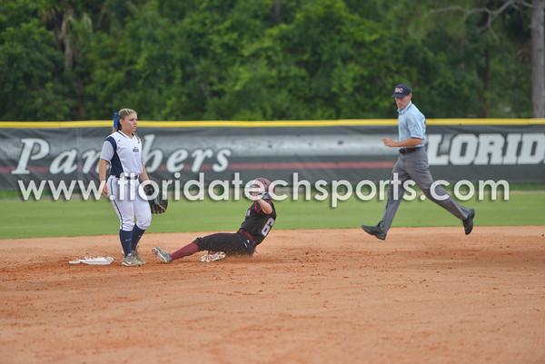 Softball_SeniorDay-18