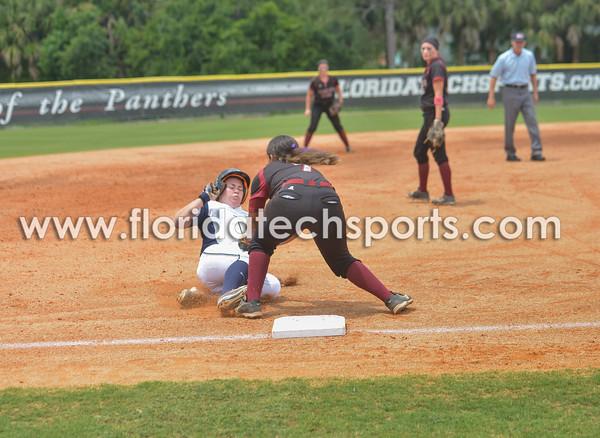 Softball_SeniorDay-12