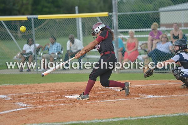 Softball_SeniorDay-22