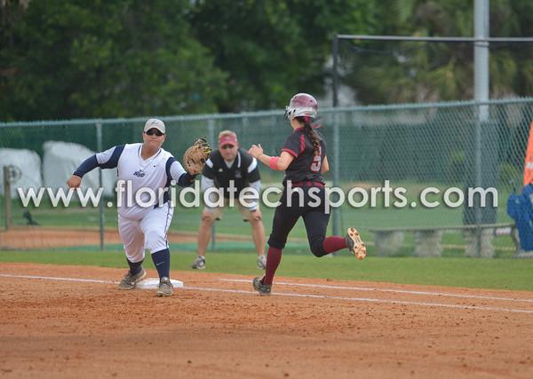 Softball_SeniorDay-14