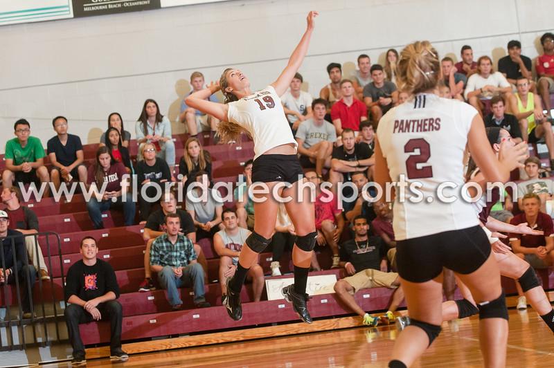 Volleyball-9-26-13