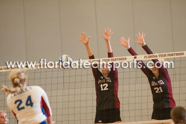 102314_Volleyball-17