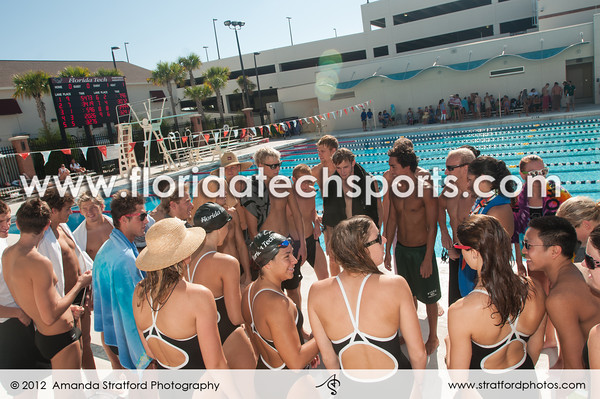 WomensSwimming-1