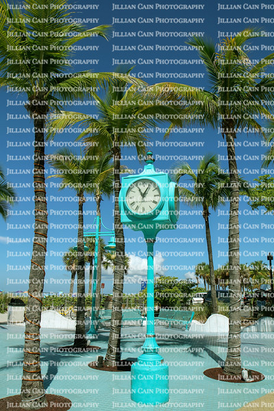 Fort Myers Beach, Times Square clock