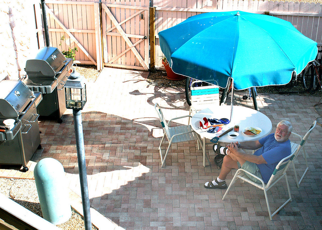 4/29/07 - Mike is actually BBQing in the little BBQ area at the condo