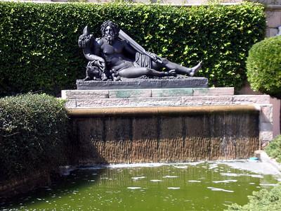 24  Ringling Art Musuem & Statuary