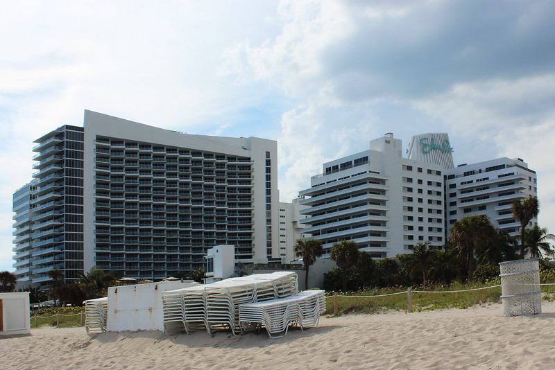 Eden Roc Hotel Beachfront