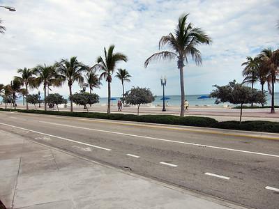 Fort Lauderdale Hilton Beach Resort & Beach Scenes - January 2011