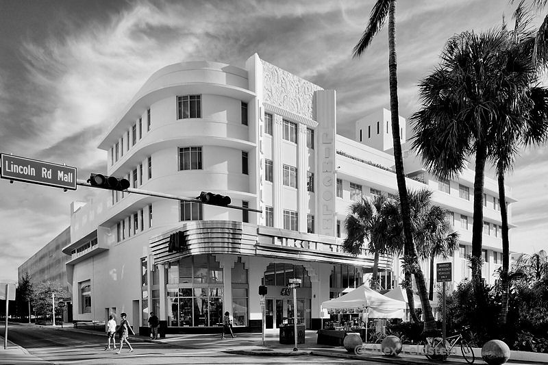 The old Lincoln Theater on Lincoln Rd.