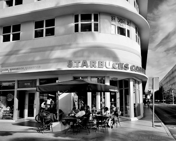 Starbucks on Lincoln Rd.